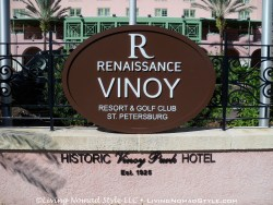 The Vinoy - Sign