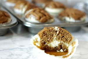 Kürbis Cheesecake Muffins