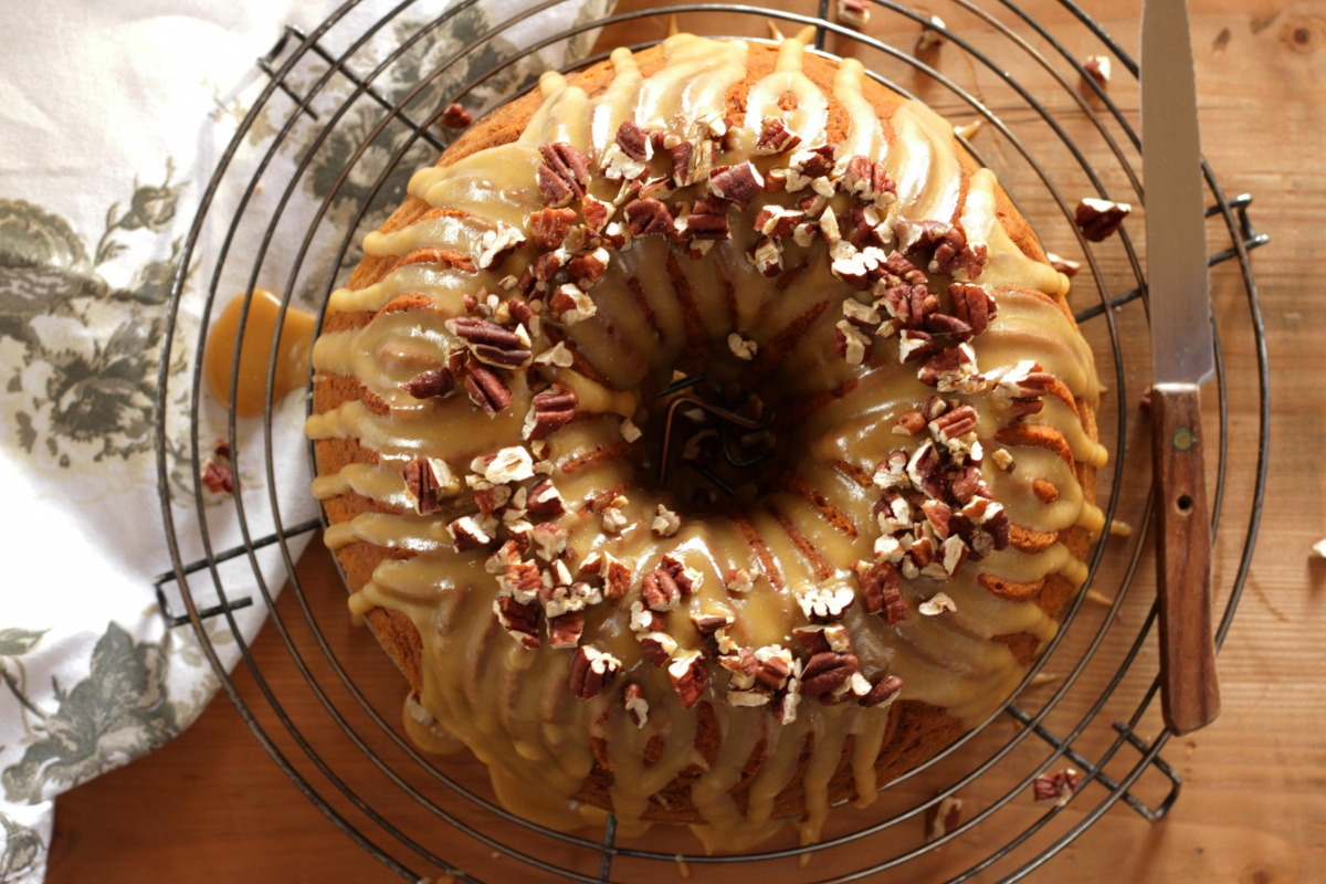 Pumpkin Spice Cake with Brown Sugar Caramel Glaze ~ Living on Cookies