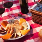How to throw a picnic for less