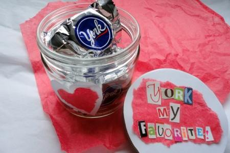 Create your own Valentine's Day candy gifts