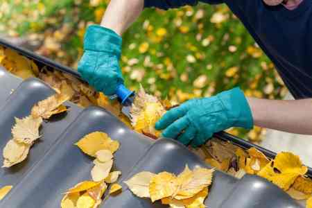 15 fall home maintenance jobs to do now