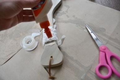 nautical name paddle - tape, glue rope to finish (800x533)