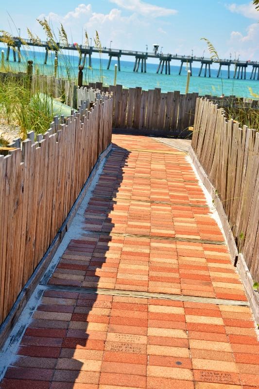gulfarium-beach-view-2-533x800