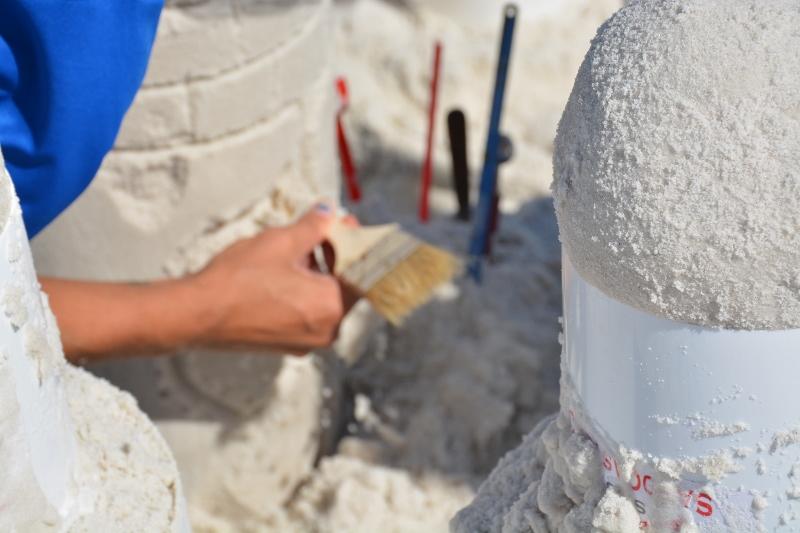 sand-castle-sculpting-5-800x533