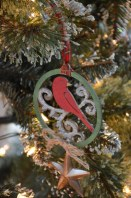 ornaments-cardinal-533x800