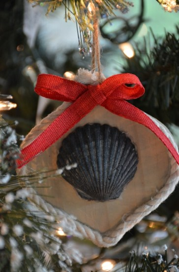 rustic-seashell-ornament-533x800