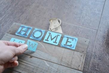 diy coastal rustic wood plaque craft STEP 1