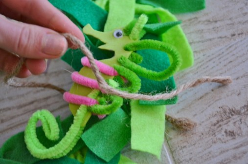 seahorse sea dragon craft - attach with twine