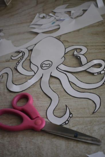 1 cut octopus stencil