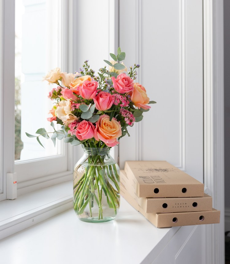 *WIN* A 3-month flower subscription with Bloom & Wild UK