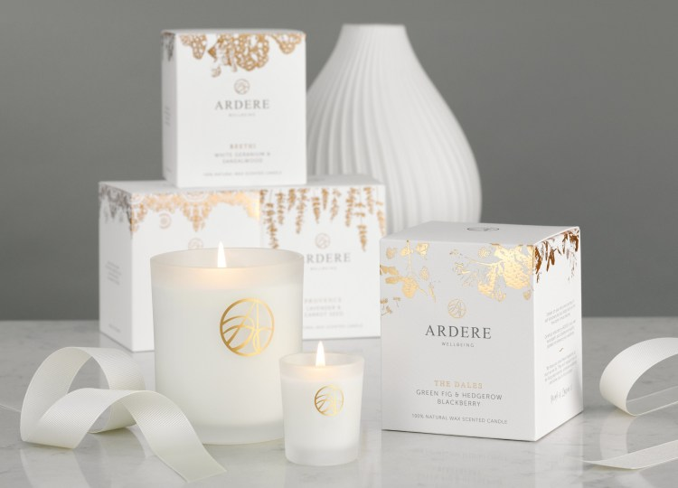 Give the gift of well-being this Mother's Day: Perfect well-being gifts for Mum. Image of ARDERE scented candles