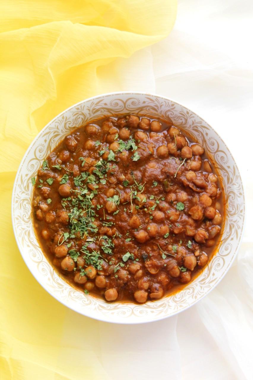 Chana Masala / Chole / Chickpeas Curry – Instant Pot