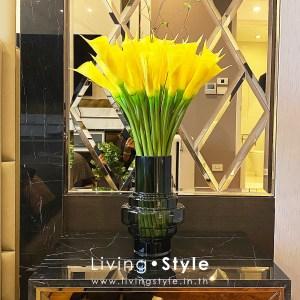 ดอกคาลล่า สีเหลือง แจกันแก้วรม ตกแต่งบ้าน %%sep%% Livingstyle ตกแต่งบ้าน แจกันดอกไม้ ดอกไม้ปลอม ต้นไม้ปลอม ดอกไม้ประดิษฐ์ ต้นไม้ประดิษฐ์ สวนแนวตั้ง