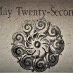 5月22日生まれの運勢と性格【星座/占星術とタロットで導く誕生日占い】