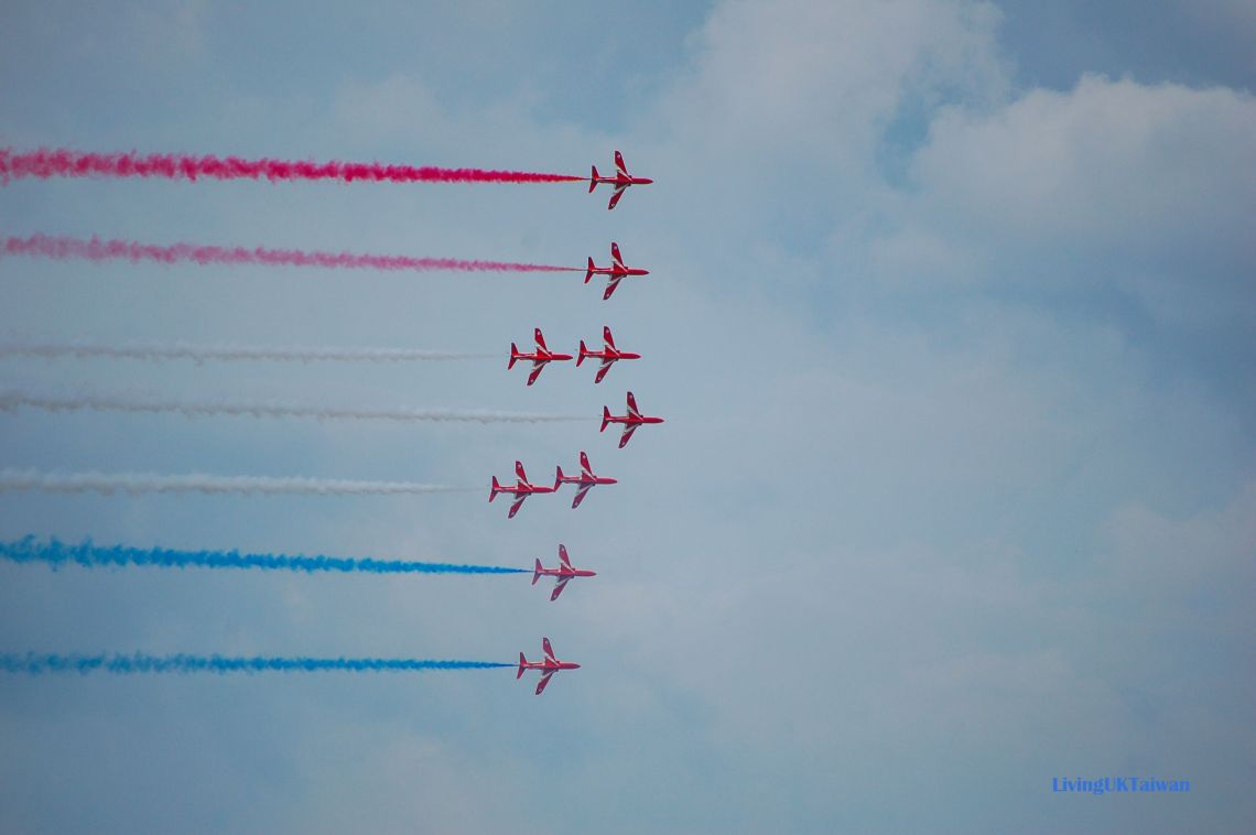 Red Arrows at Farnborough Airshow
