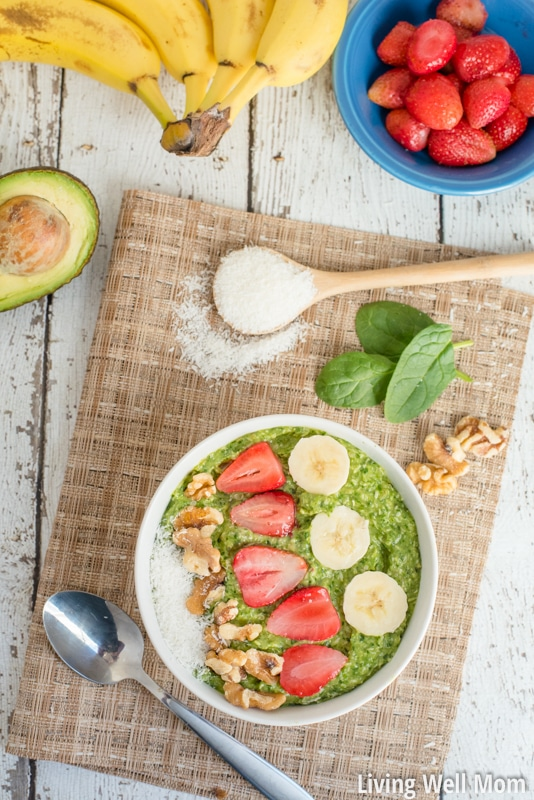 Looking for a healthy lunch idea? This Green Smoothie Bowl takes less than 5 minutes to make and is an almost effortless way to get fruits and vegetables into your diet! And It's so tasty you won't even guess that the only sweetener is a banana! (Paleo, Dairy-Free, Grain-Free, Refined Sugar-Free)