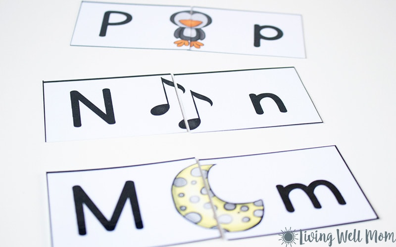 This free printable Uppercase Lowercase Letter Matching Puzzle is a fun way to work on letter recognition with your preschooler. Kids can match pictures with the beginning sounds of each letter while pairing up uppercase and lowercase letters. It's so simple to prepare and lots of fun for the kids!