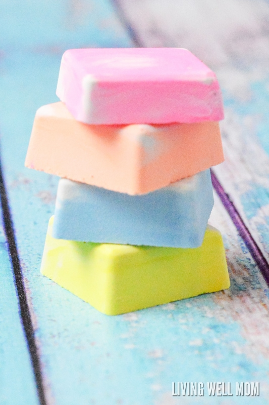 Tired of buying expensive sidewalk chalk at the store? You won't believe how easy it is to make at home! Get the step-by-step directions for Easy Homemade Sidewalk Chalk for Kids here. Your kids will love it and so will you!