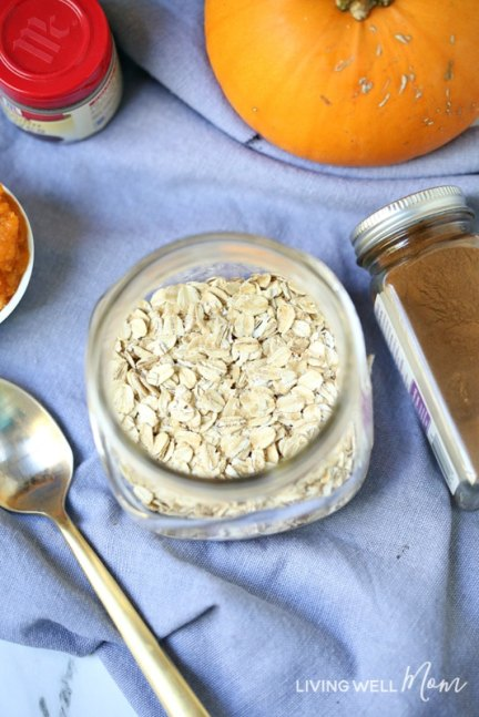 oats in mason jar with pumpkin and spices