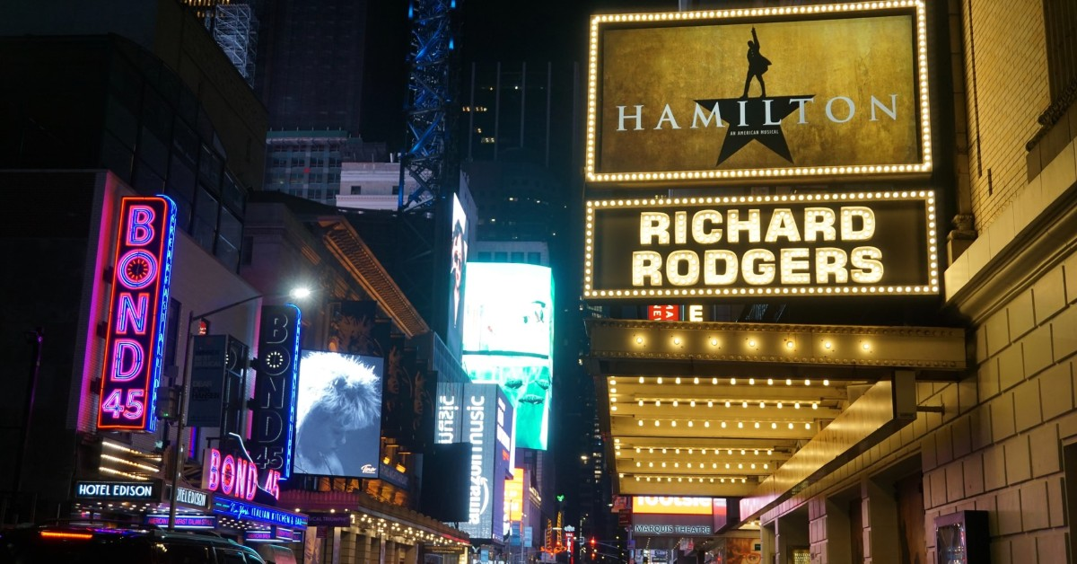 Hamilton-on-broadway-marquee