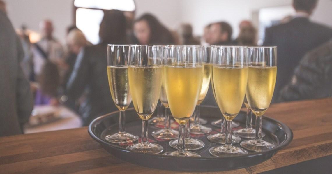 alcohol-bar-champagne