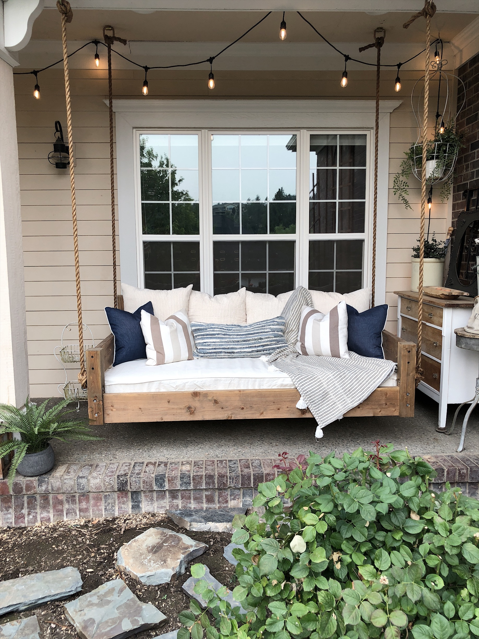Our Diy Swing Bed Living With Lady