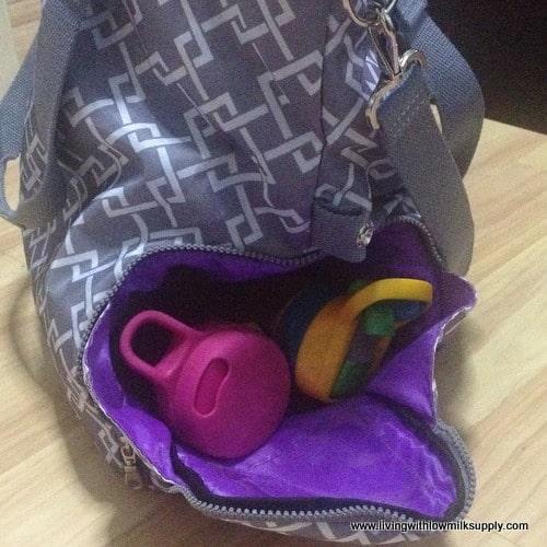 sarah-wells-lizzy-side-pocket-for-water-bottles