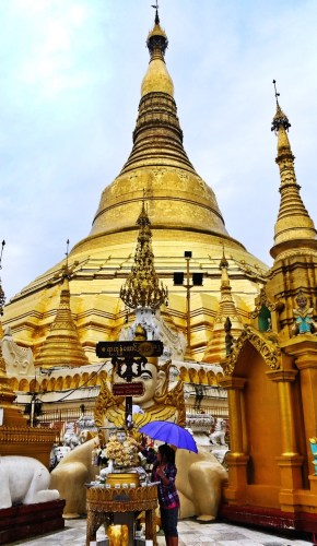Shwedagon Pagoda, two weeks in Myanmar itinerary
