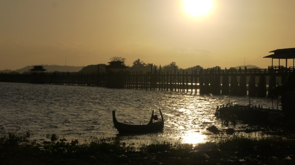 U-Bein Bridge, Mandalay, two weeks in Myanmar itinerary