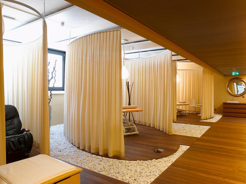camenzind-evolution-design-google-offices-designboom-01