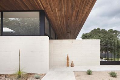 Layer House_03_Robson Rak Arch