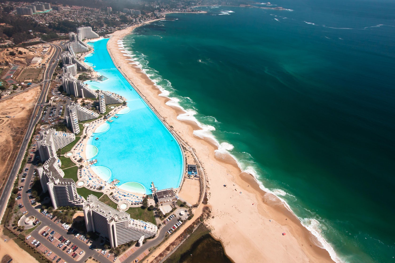 Worlds Largest Outdoor Pool At Chiles San Alfonso Del Mar Resort >> The San Alfonso Del Mar Beach Resort In Chile Is Home To The Largest