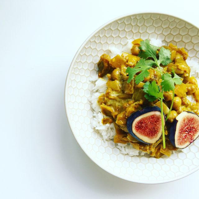 Chickpea Curry with Figs and Apricots
