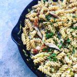 Banza Rotini with Leeks and Shiitake Mushrooms