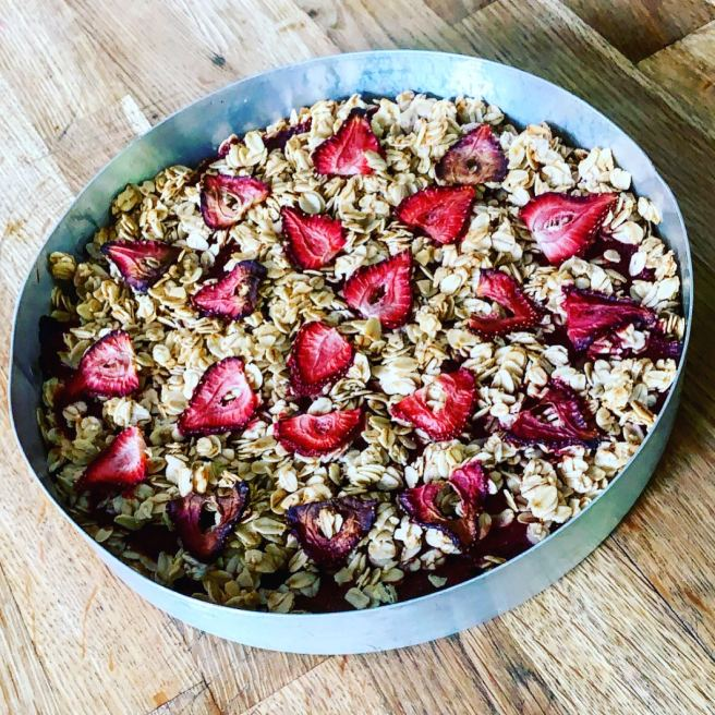 Four-Ingredient Strawberry Crumble