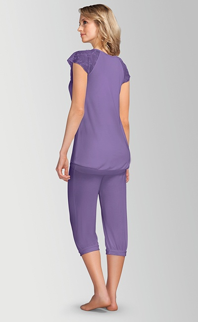 Pyjamas med capri bukser - lilla bag