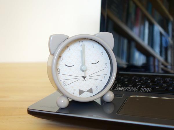 Horloge pour symboliser l'écriture d'une chronique de lecture