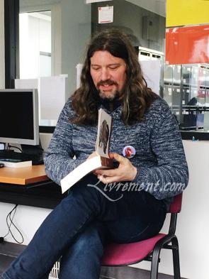 Stefan Platteau en lecture publique au salon L'imagina'livres à Toulouse en 2018