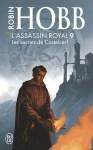 """Couverture du livre """"Les secrets de Castelcerf"""" de Robin Hobb aux éditions J'ai lu"""