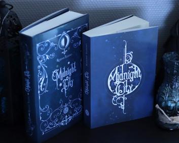 Edition collector et edition régulière du roman Midnight City de Rozenn Illiano