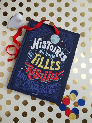 Mise en scène du livre Histoires du soir pour filles rebelles