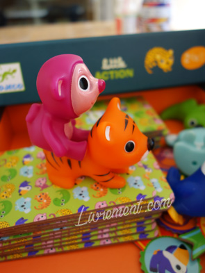 Figurines en plastique du jeu Little Action de Djeco