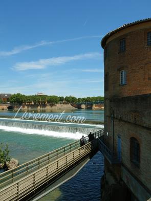 Vue sur la Garonne depuis la passerelle Viguerie