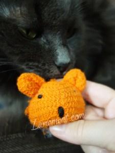 Jouet de chat : une souris orange