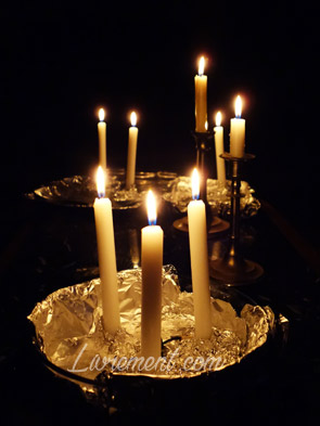 S'éclairer à la bougie pour Noël