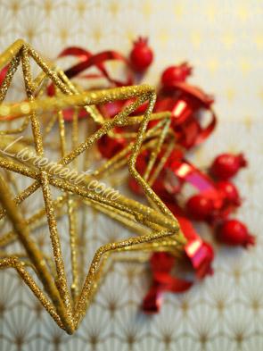 Du rouge brillant et du doré pour souhaiter ses voeux
