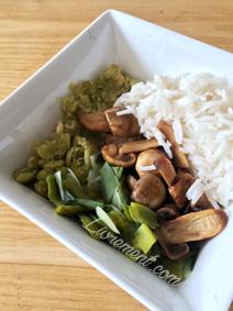 Pois cassés, poireaux, champignons et riz