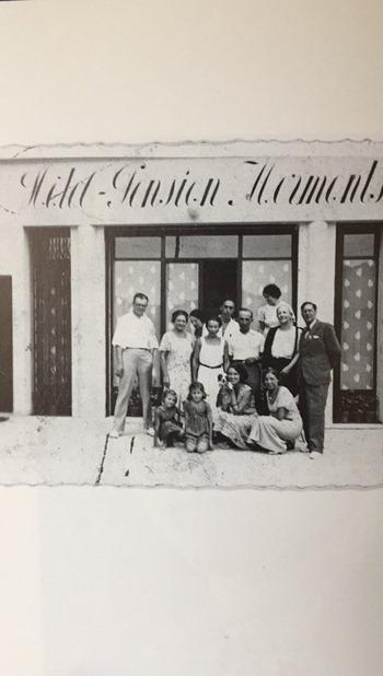 Nice 1935 hôtel pension Mermonts R.Gary et sa mère