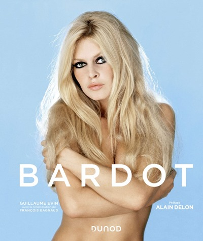 Bardot livre à offrir por Noël